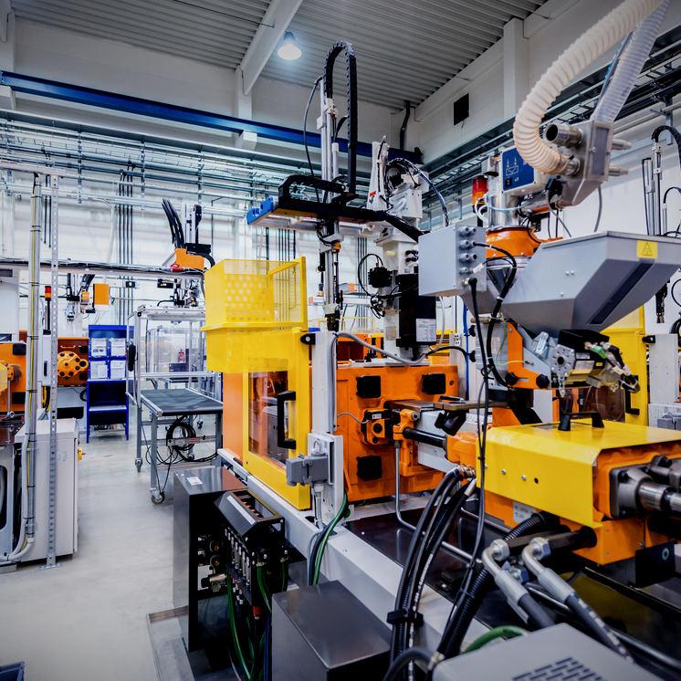 impianto industriale linee di produzione